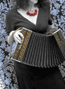 Picture of woman playing concertina