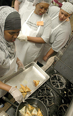 Campus Kitchen participants